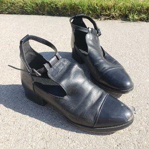 Topshop Black Leather Shoes Size 7